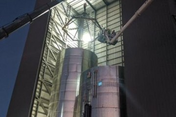 SpaceX星舰原型机压力测验又失利或因实验装备问题