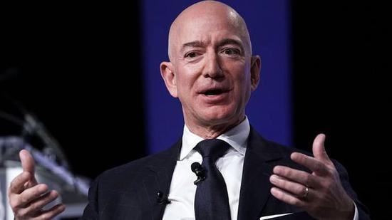 亚马逊修改风险因素措辞为CEO交接做准备